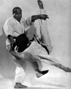 Mas Oyama throwing an opponent